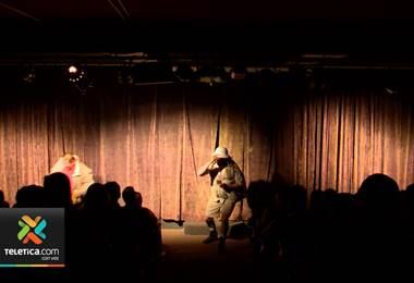 Teatro Moliere presenta la comedia 'Y el anillo: ¿Pa' cuando?'
