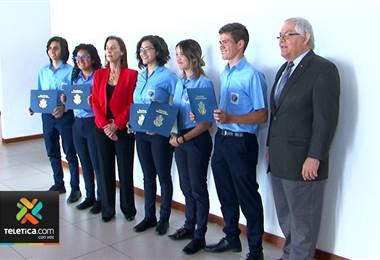 Cinco estudiantes ticos de colegios científicos ganaron una beca para estudiar en EE. UU.