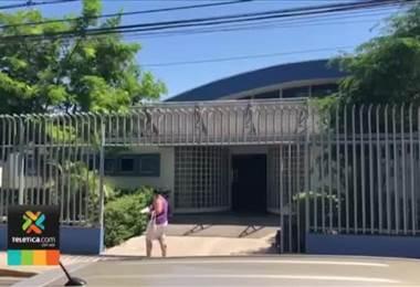 Funcionario del Ministerio de Salud sospechoso de vender carnets de manipulación de alimentos