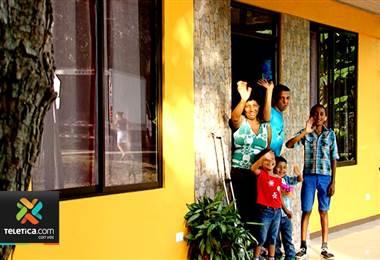Sueños de Navidad logró cumplir la meta de casa nueva para 10 familias en diciembre anterior
