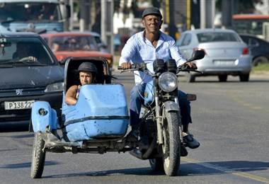Sidecar en La Habana, Cuba. Foto AFP.
