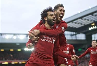 Mohamed Salah y su compañero Firminho del Liverpool   Liverpool FC en Facebook