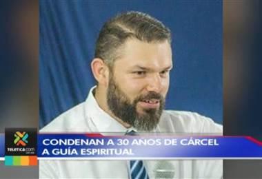Condenan a 30 años de cárcel a predicador católico por violar a niña en dos ocasiones