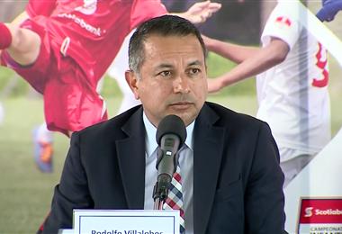 Rodolfo Villalobos, presidente de la Fedefútbol