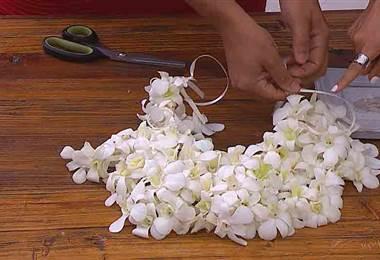 Utilice las flores para decorar de diferente forma su casa