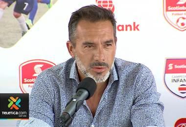 Gustavo Matosas viajó este martes para presenciar el sorteo de la Copa Oro 2019