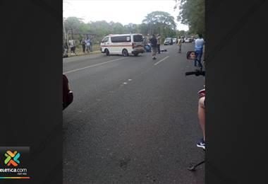 Dos heridos graves tras choque de motocicletas