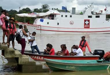Hospital flotante en el litoral Pacífico colombiano. Foto AFP