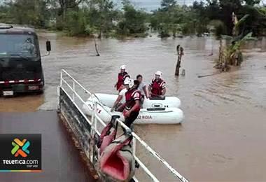 Poco más de 1400 comunidades vulnerables a inundaciones y deslizamientos son monitoreadas por la CNE