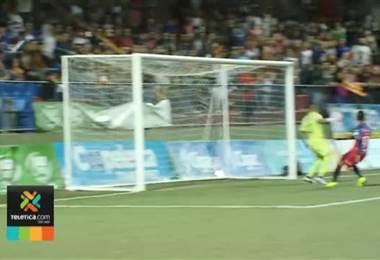 Saprissa perdió tres series cuando empató en el juego de ida