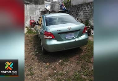 Investigan si vehículo encontrado en un parqueo de Cartago tiene ligamen con millonario robo