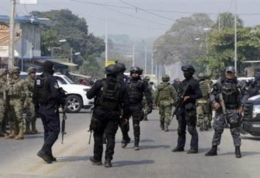 Policía y armada de México. Foto AFP