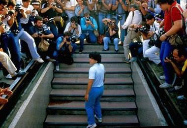 Vida de película de Maradona, entre la gloria y el abismo, en Cannes