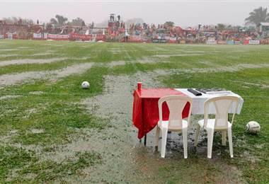 Así luce el estadio de Palmares, afectado por la lluvia - CARLOS CHICHILLA