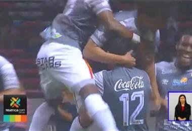 Un delantero es la carta a gol de San Carlos