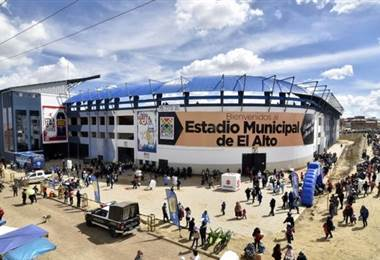 Fallece árbitro que dirigía partido de fútbol a 4 mil metros de altitud en Bolivia