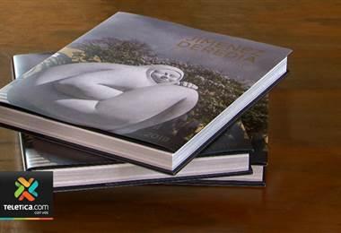 Libro reúne todos los detalles de la exposición de las esculturas de Jiménez Deredia en la capital