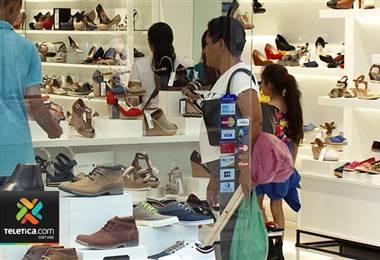 Comercios que no acepten pagos con tarjetas de crédito o débito se exponen a sanciones