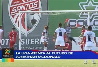 Alajuelense espera que Jonathan McDonald defina si continúa en Catar o regresa a la Liga
