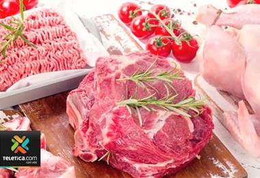Estudio realizado por Ministerio de Economía encontró varios incumplimientos en la venta de carne