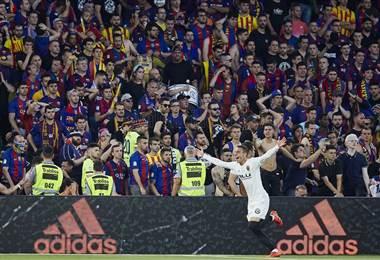Valencia deja sin doblete al Barcelona   Twitter