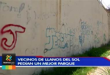 Vecinos de Llanos del Sol de Pavas estrenaron parque infantil
