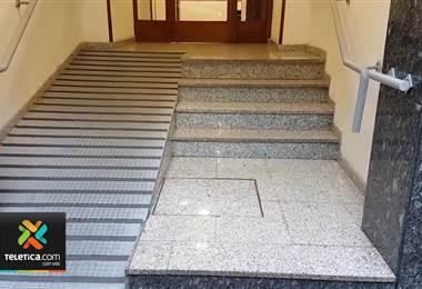 Normas técnicas garantizarán el acceso de personas con discapacidad a edificios públicos y privados