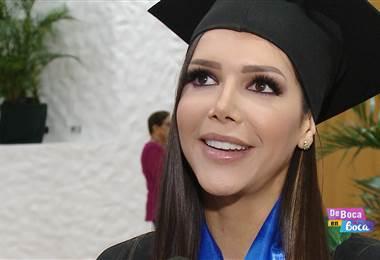 Expresentadora Vivian Campos