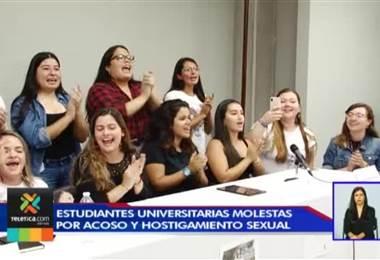 Universitarias exigen conocer nombre de profesores sancionados por acoso y hostigamiento sexual