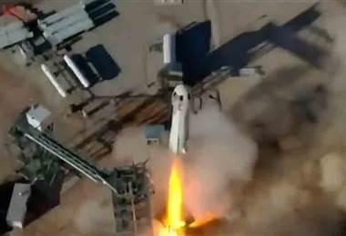 Quinto vuelo exitoso del cohete 'New Shepard' se realizó este jueves
