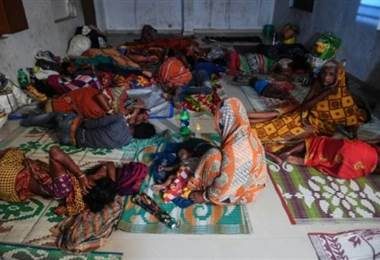 Miles de personas evacuadas en India