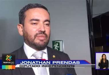 Diputados llenaron de críticas el primer informe de Carlos Alvarado en la Asamblea Legislativa