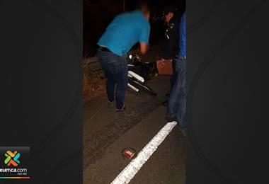 Motociclista muere tras colisionar contra vehículo sobre la ruta 1 en Alajuela