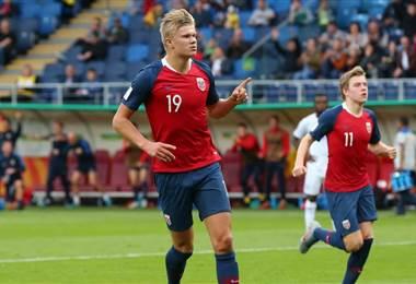 Noruego Erling Haland bate récord de goles en un partido de Mundial Sub-20