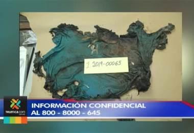 Par de tenis y camisa podrían ayudar a identificar a un hombre que fue lanzado a un río en Guápiles.