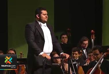 Director de orquesta de La Carpio brilla en Londres y Berlín