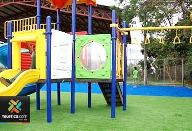 Municipalidad de Tibás instaló play ground en la León XIII para incentivar a la comunidad