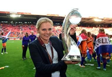 FIFA añade dos premios al fútbol femenino en su ceremonia anual