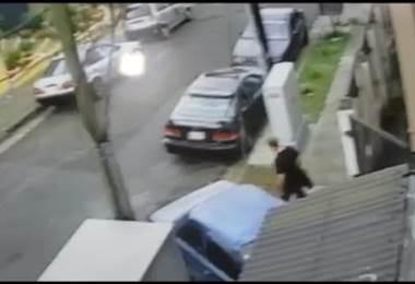 OIJ detiene a mujer por cobrar ₡300.000 para devolver un vehículo robado