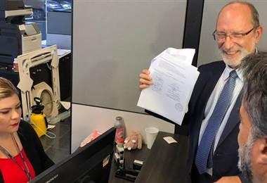 Henning Jensen, de la UCR, es uno de los rectores que presentó la demanda contra el Estado