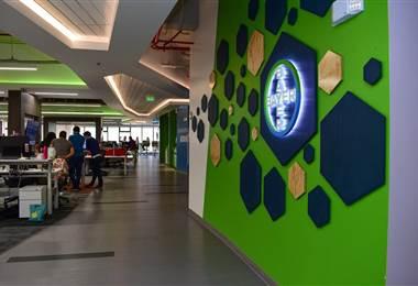 Instalaciones de Bayer Costa Rica   Foto cortesía de Prensa Presidencia.