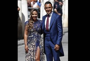 Keylor Navas y Andrea Salas en la boda de Sergio Ramos