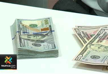 Precio del dólar arranca la semana con la ligera tendencia hacia la baja