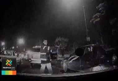 Cámaras municipales captaron la detención de 3 sujetos vinculados con asaltos en Belén y Santa Ana