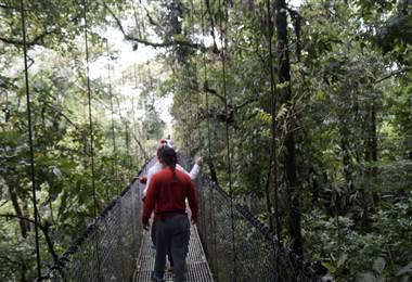 Puentes colgantes de San Carlos. Foto Juan Manuel Quirós