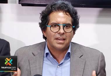 Partido Liberación Nacional pide la destitución del ministro de Educación, Edgar Mora