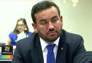 Fiscalía recabó pruebas sobre viaje que realizó diputado Jonathan Prendas a Barcelona