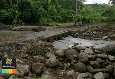 CNE da prioridad a restablecer el agua potable y a reparar los daños en las rutas de Upala