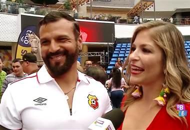 Viviana Calderón y Pablo Rodríguez cumplen más del año de noviazgo