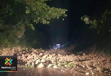 El paso por la ruta 32 carretera a limón fue reabierto este martes en horas de la noche.